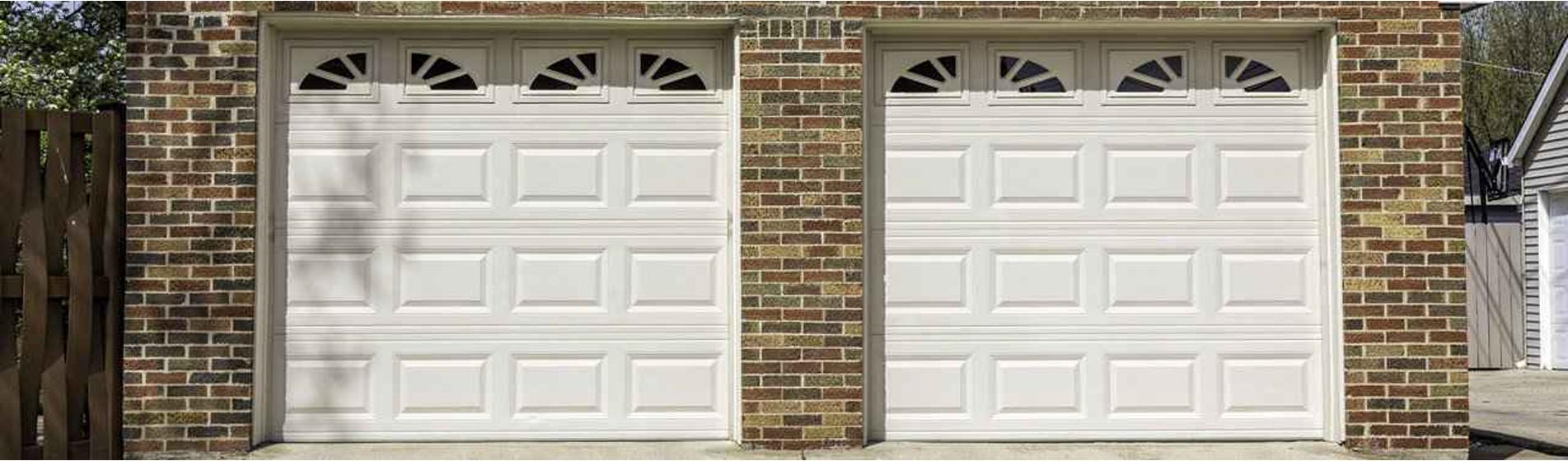 achat porte de garage avec portillon 84300