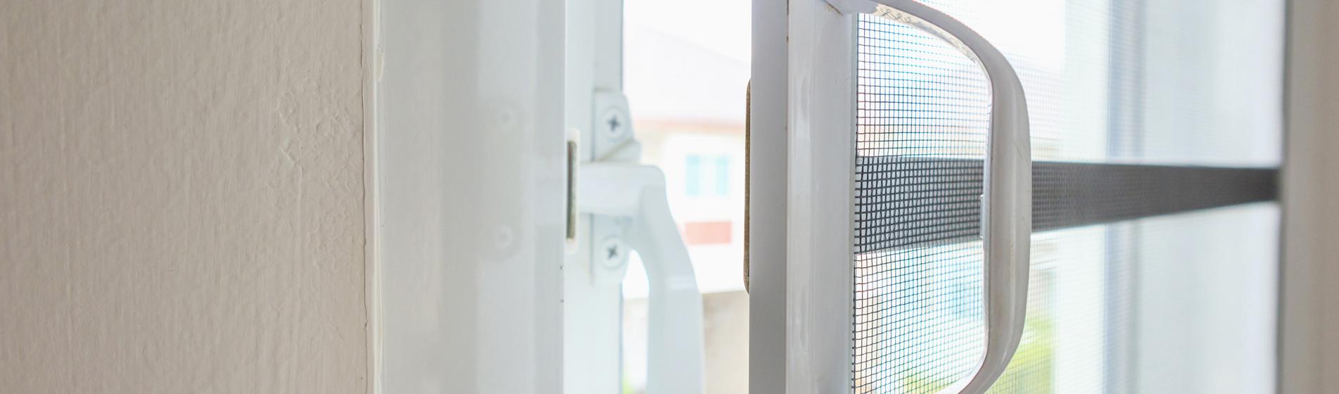 moustiquaire ouvrante porte fenêtre 84 Vaucluse