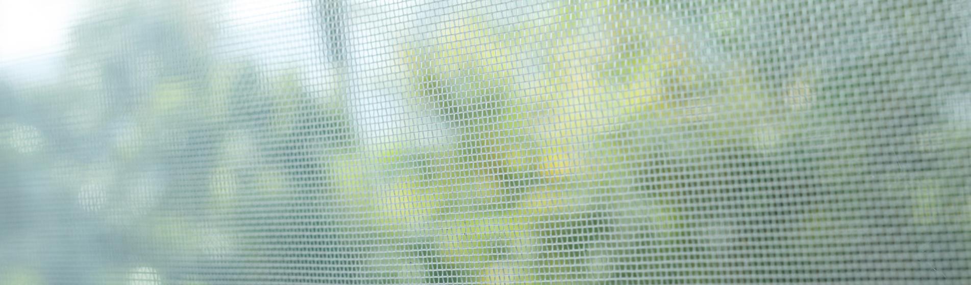 rénovation moustiquaire sur-mesure 13 Bouches-du-Rhône
